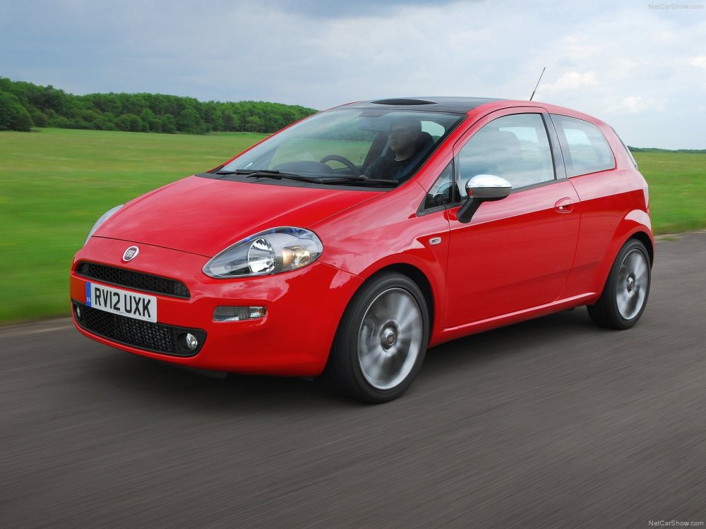 medium resolution of fiat punto evo 3 door 2010